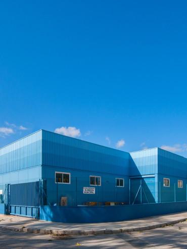 Vivero de naves industriales <br/> Industrial incubator buildings