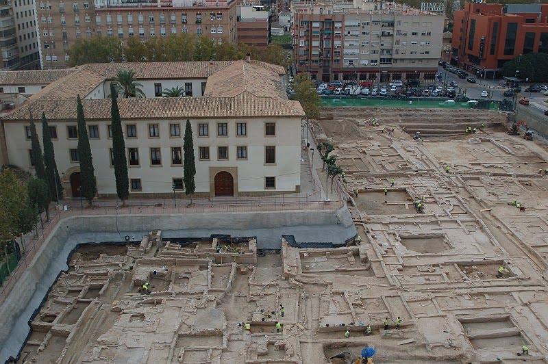 social euro grande cerca de Murcia